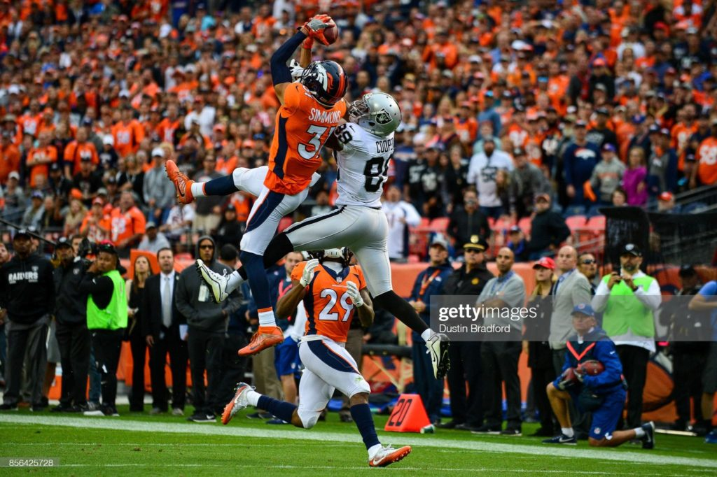 Safety Justin Simmons is staying with the Denver Broncos